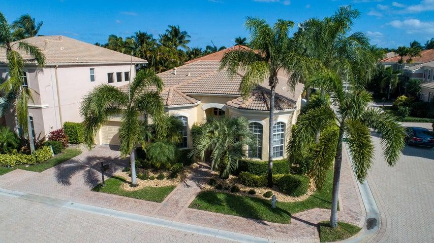 6040 NW 43rd Terrace, Boca Raton, FL 33496
