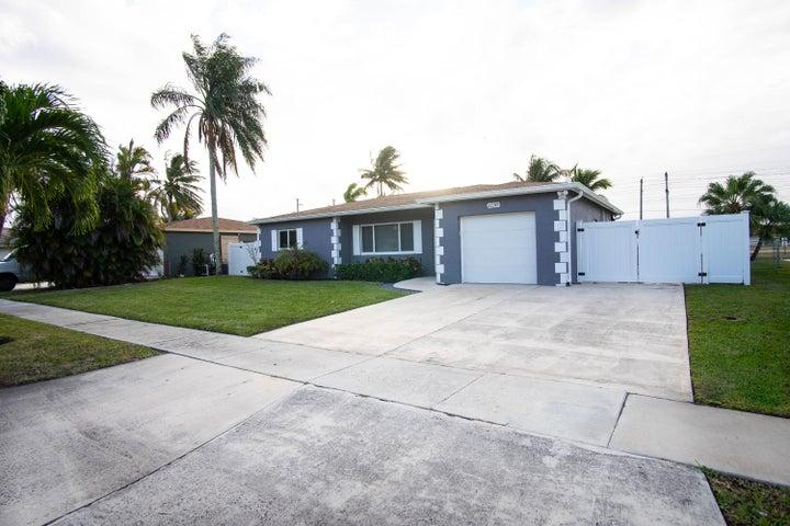22349 General Street, Boca Raton, FL 33428