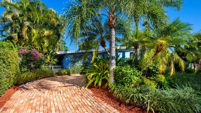 4225 N County Road, Gulf Stream, FL 33483