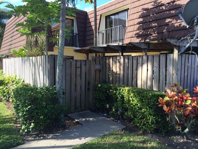710 7th Lane, Palm Beach Gardens, FL 33418