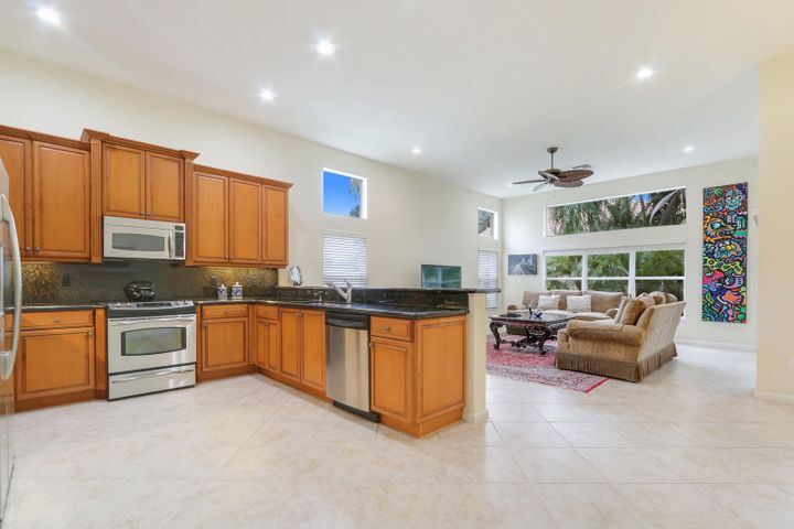 7272 Imperial Beach Circle, Delray Beach, FL 33446