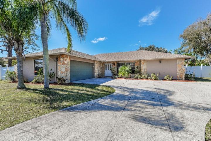 374 W Riverside Drive, Tequesta, FL 33469