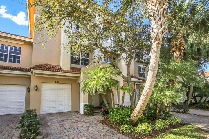 4521 Artesa Way S, Palm Beach Gardens, FL 33418