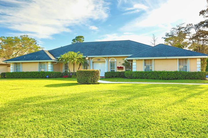 15410 Woodmar Ct Wellington FL-large-001
