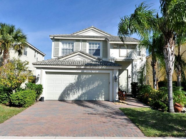 Beautiful 4/2.5/2 in TownPark at Tradition.  Large kitchen with granite and stainless appliances.  Open plan with crown molding throughout living areas.  Community offers 24 hour manned security, basketball, tennis and bocce courts.  Exercise room. library, media room, pool table, pool, and clubhouse.  Close to downtown Tradition.