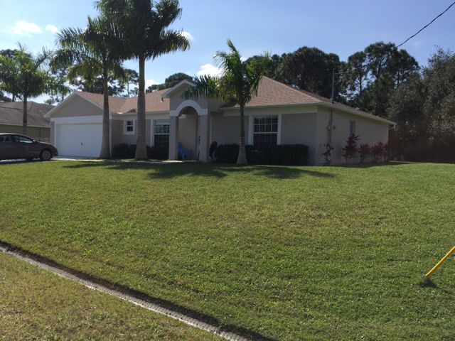 1592 SW Dow Lane, Port Saint Lucie, FL 34953