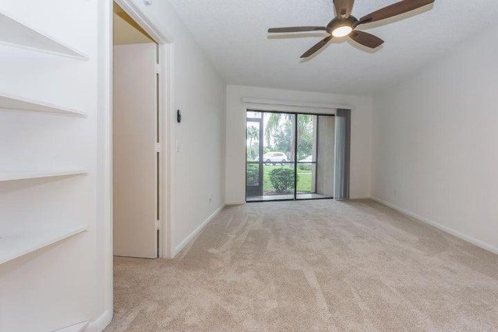 2055 NE Collins Circle, 6-1, Jensen Beach, FL 34957