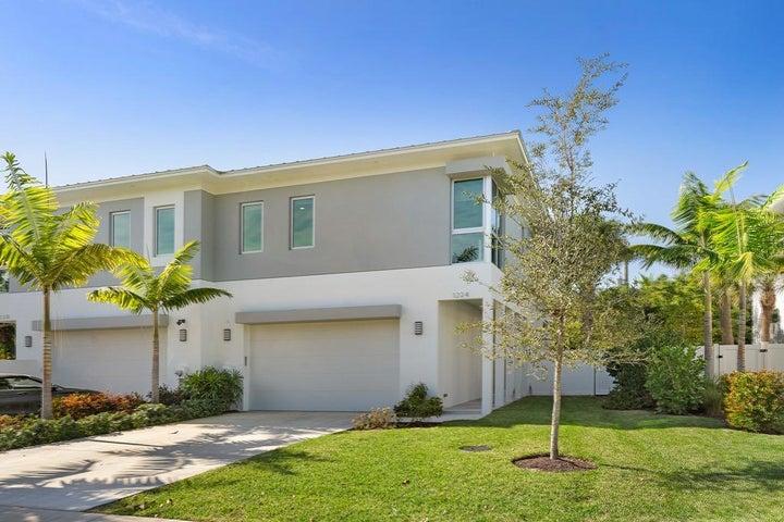 1224 NE 8th Avenue, Delray Beach, FL 33483