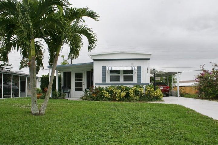 8418 SE Swan Avenue, Hobe Sound, FL 33455