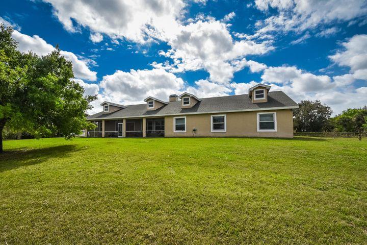 23550 SW Arrowroot Street, Indiantown, FL 34956