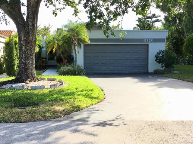 5820 Piping Rock Drive, Boynton Beach, FL 33437 (MLS# RX