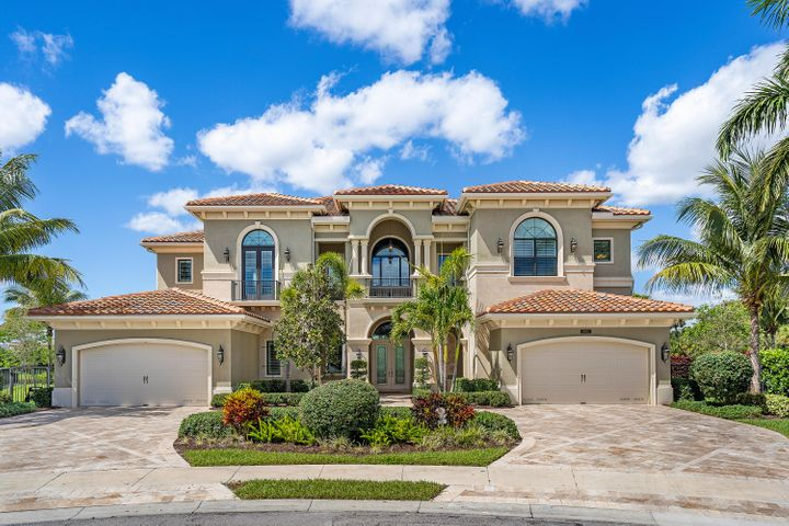 THIS MAGNIFICENT DECORATOR FINISHED EXPANDED PALAZZO IS SITED ON ONE OF THE BEST CUL-DE-SAC, PIE SHAPED WATERFRONT LOTS IN SEVEN BRIDGES!  THE BACKYARD IS HUGE & THE VIEWS ARE BOTH SPECTACULAR & SERENE.  CIRCULAR MARBLE PAVED DRIVEWAY LEADS TO A DOUBLE DOOR ENTRY WHICH OPENS TO THE LARGE WELCOMING FOYER.  THE LIVING ROOM W/ WALL OF GLASS LOOKS OUT TO THE BEAUTIFUL TOTALLY PRIVATE OVERSIZED POOL & GROUNDS, WITH WIDE LAKE VIEWS & MANICURED LAWN & TREELINE BEYOND.  THE CLUB ROOM W/ WET BAR & BEVERAGE COOLER SHARES THESE AMAZING VIEWS.  A LARGE GRACIOUS FORMAL DINING ROOM IS LOCATED ADJACENT TO THE WONDERFUL CHEF'S KITCHEN W/ DOUBLE ISLANDS, 48'' WOLF GAS RANGE, 2 BOSCH DISHWAHSERS, SUB ZERO REFRIGERATION, REVERSE OSMOSIS FILTRATION & 2 LARGE WALK IN PANTRY'S.  THE LARGE FAMILY ROOM & BREAKFAST AREA SHARE THE MAGNIFICENT POOL AND LAKE VIEWS.  AN EN-SUITE BEDROOM AND MEDIA/PLAY ROOM ARE ALSO ON THE GROUND FLOOR.  THE SECOND FLOOR INCLUDES 5 BEDROOMS AND A LARGE CENTRAL FAMILY LOFT WITH SPECTACULAR VIEWS.  THE SUMPTUOUS MASTER SUITE HAS BEAUTIFUL WOOD FLOORING, BREAKSFAST BAR, PRIVATE BALCONY AND OVERSIZED WALK IN CLOSETS!  THE MASTER BATH IS SPECTACULAR WITH HIS AND HER WATER CLOSETS AND ONCE AGAIN, STUNNING VIEWS.  THE CENTRAL LOFT IS PERFECT FOR FAMILY ACTIVITIES AND IS SURROUNDED BY 4 MORE LARGE EN-SUITE BEDROOMS.  THIS IS TRULY A SPECTACTULAR HOME ON A VERY SPECIAL AMAZING LOT!