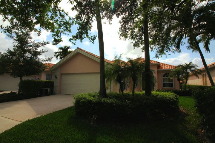 2769 Muskegon Way, West Palm Beach, FL 33411