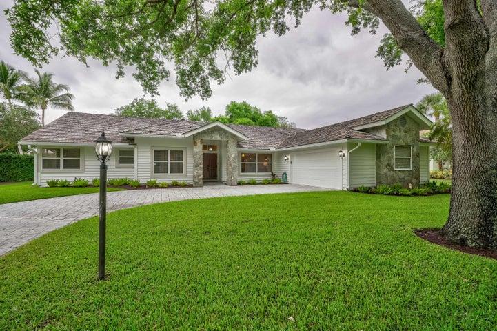 18274 SE Ridgeview Drive, Tequesta, FL 33469