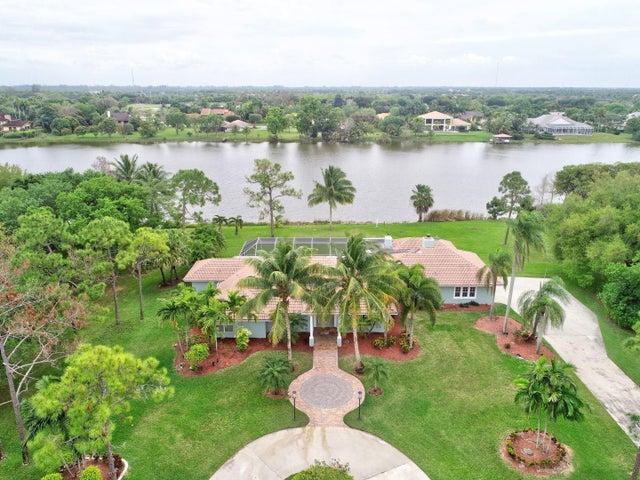 8902 Estate Drive, West Palm Beach, FL 33411