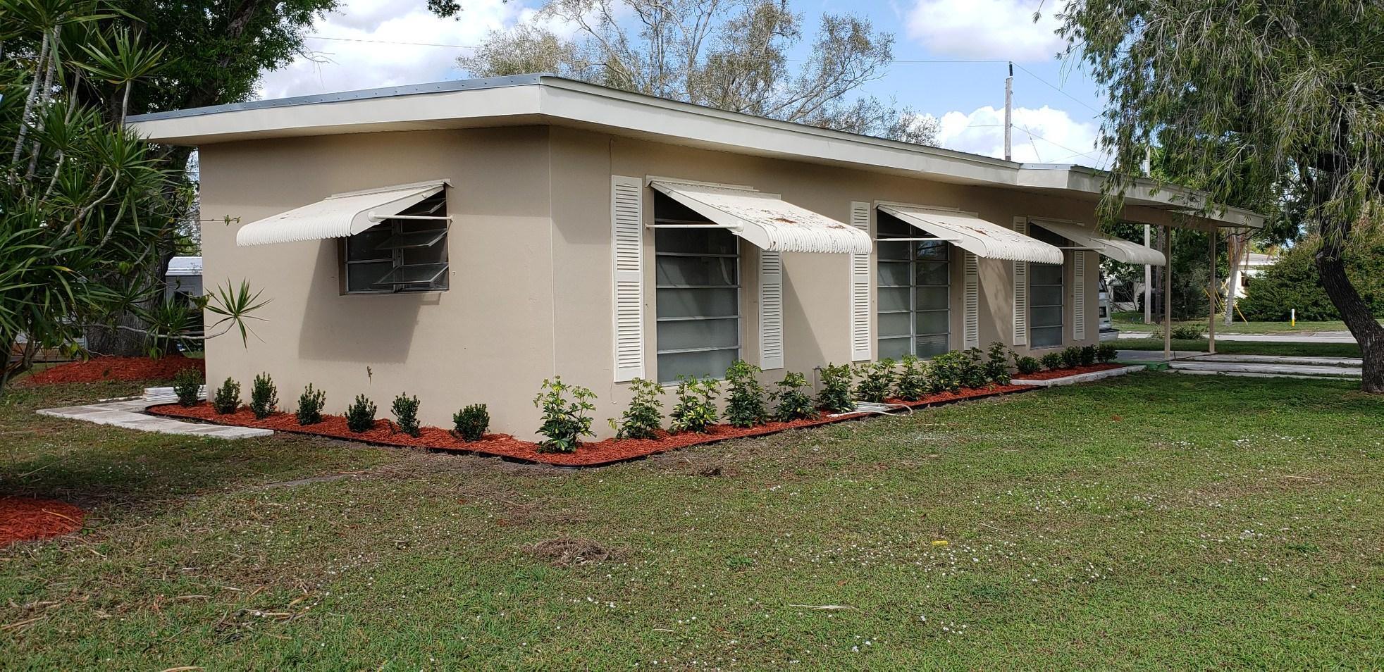 107 SE Lucero Drive SE, Port Saint Lucie, FL 34983