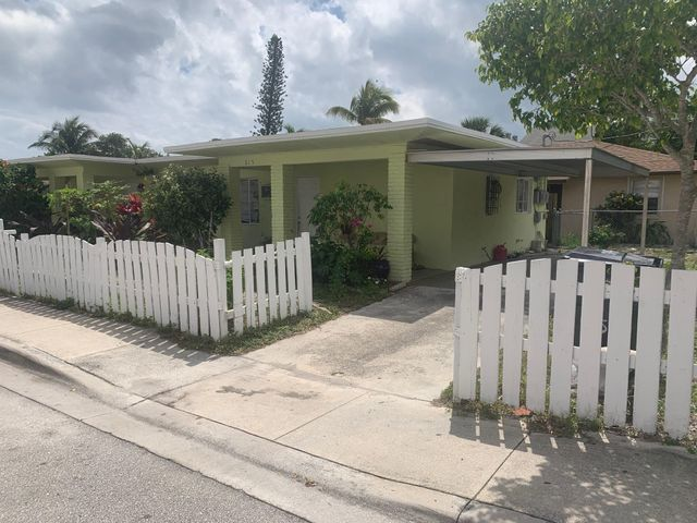 615 8th Avenue S, Lake Worth, FL 33460