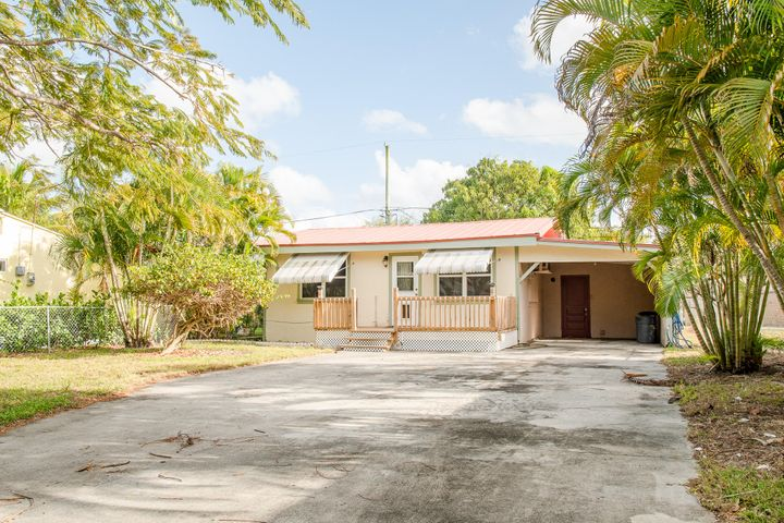 206 2nd Street, Jupiter, FL 33458