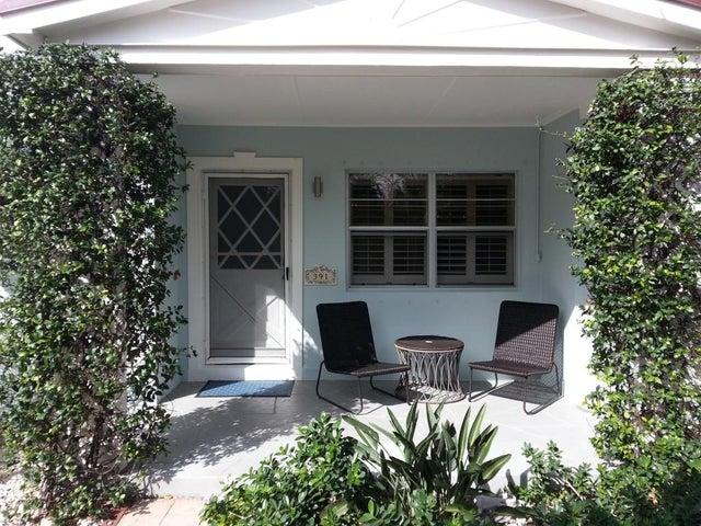 391 Jupiter Lane, Juno Beach, FL 33408