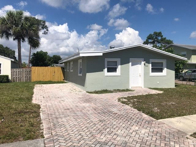 333 Walker Avenue, Greenacres, FL 33463
