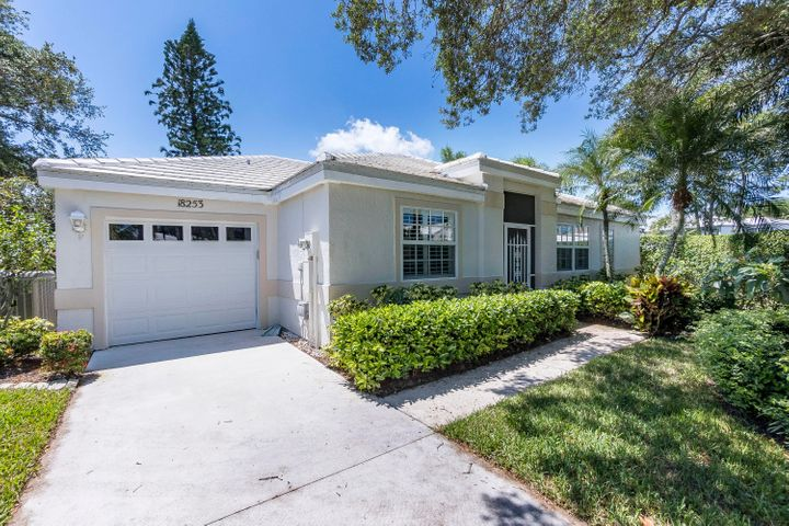 18253 SE Fairview Circle, Tequesta, FL 33469