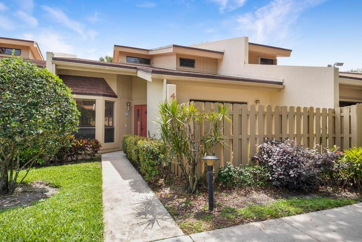 1400 NW 9th Avenue, A-4, Boca Raton, FL 33486