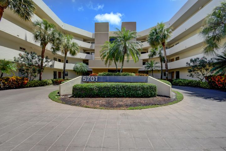 5701 Camino Del Sol, 304, Boca Raton, FL 33433