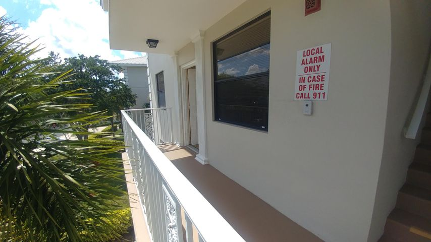 6037 Balboa Circle, 301, Boca Raton, FL 33433