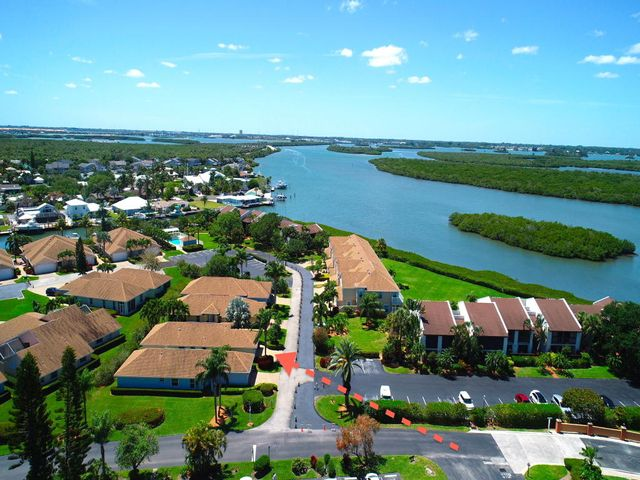 3217 S Lakeview Circle, 243-B, Hutchinson Island, FL 34949