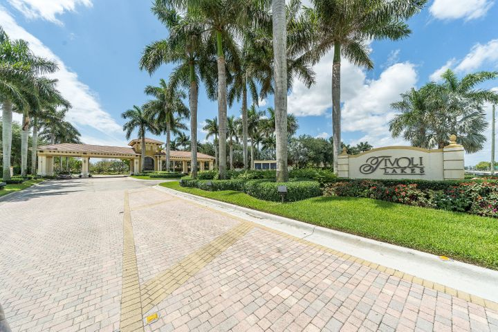 6852 Adriano Drive, Boynton Beach, FL 33437