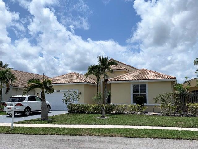 9325 Cove Point Circle, Boynton Beach, FL 33472
