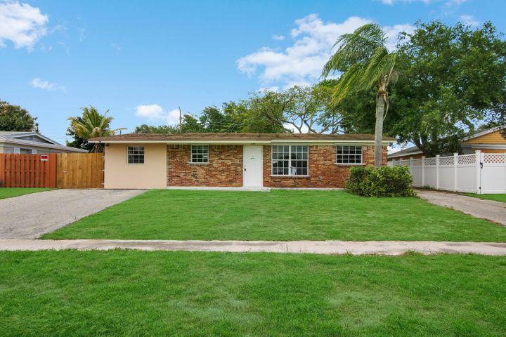 3615 Gull Road, Palm Beach Gardens, FL 33410