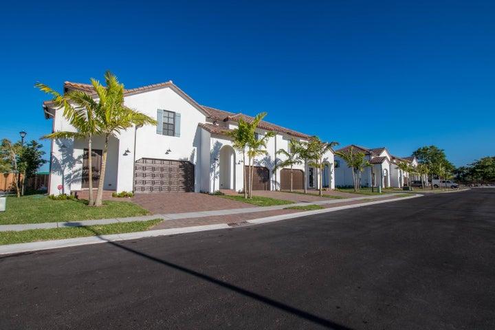 3211 Santa Catalina Place, Greenacres, FL 33467