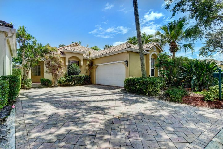 5255 Brookview Drive, Boynton Beach, FL 33437