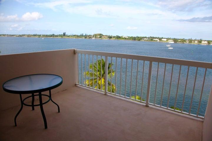 2600 N Flagler Drive, 706, West Palm Beach, FL 33407