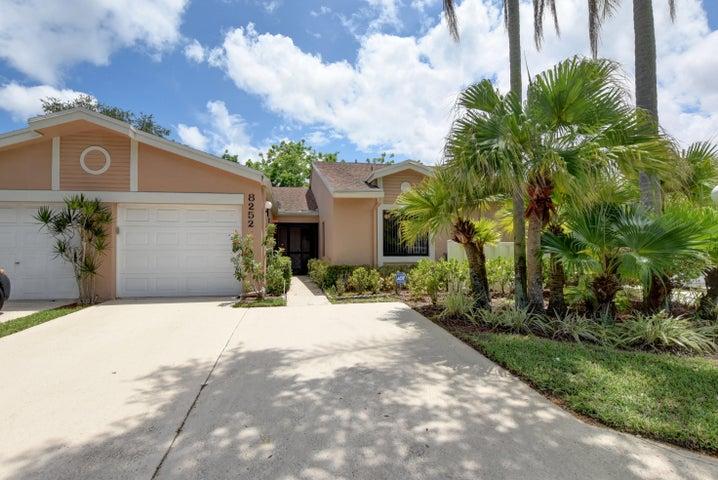 8252 Summerbreeze Lane, Boca Raton, FL 33496