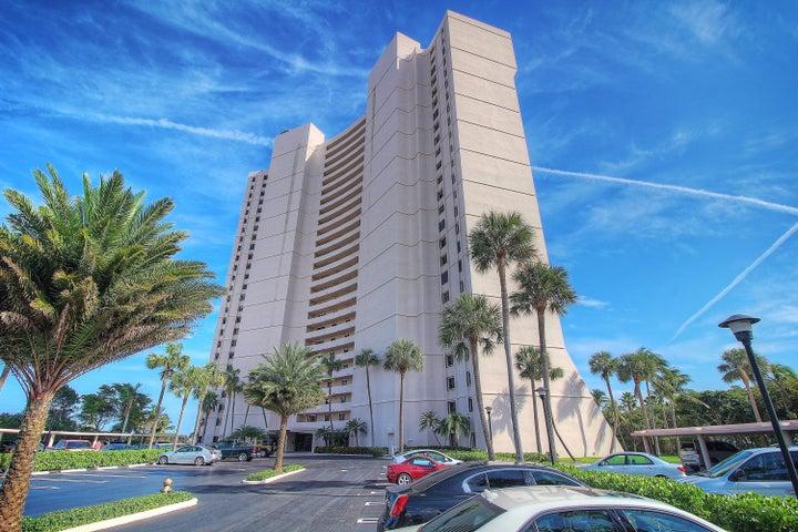 5200 N Flagler Drive, 206, West Palm Beach, FL 33407