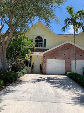 136 Spruce Street, Boynton Beach, FL 33426