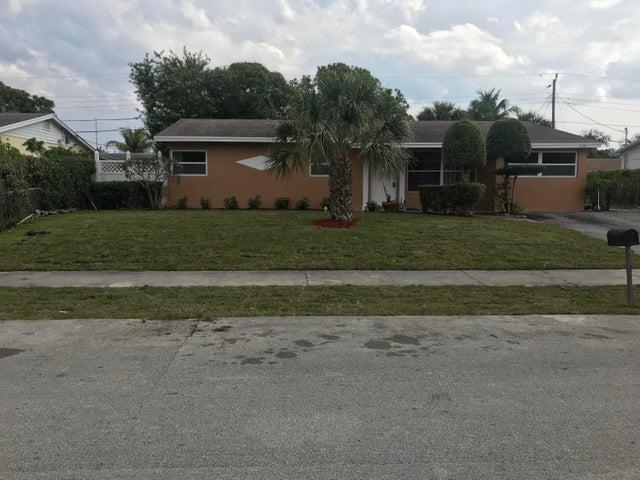 2120 SW 12th Court, Delray Beach, FL 33445