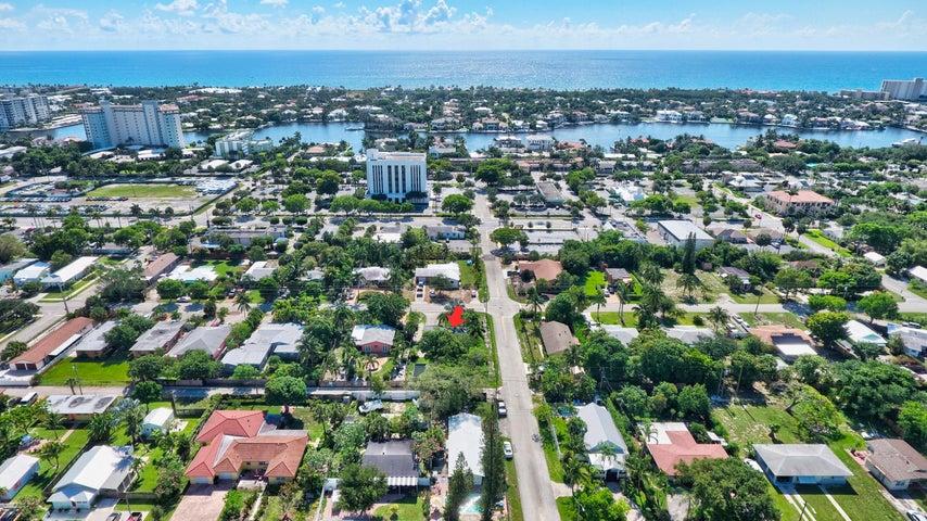 734 SE 4th Avenue, Delray Beach, FL 33483