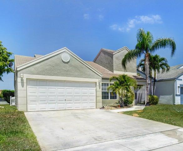 8575 Dynasty Drive, Boca Raton, FL 33433