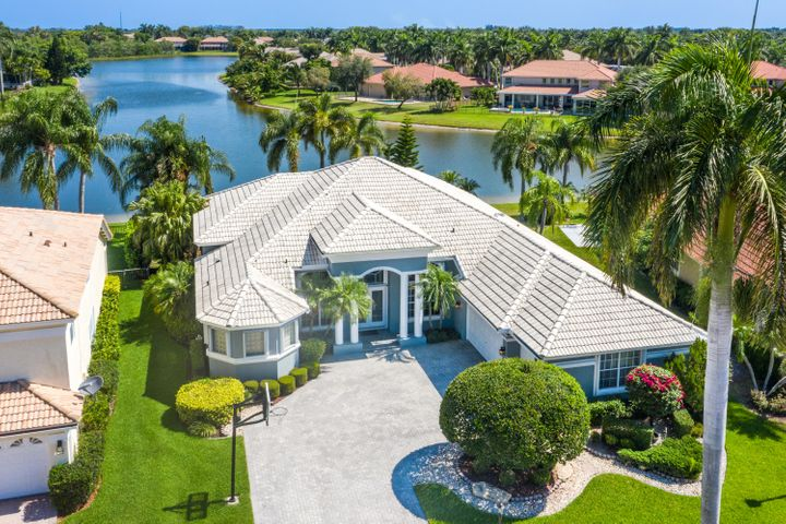 BEST BOCA FALLS LAKEFRONT LOCATION W/PANORAMIC WATER VIEWS, FREEFORM POOL W/RAISED SPA & WATERFALL IN PRIVATE SCREENED PATIO TO ENJOY TRANQUIL MORNINGS, IMPECCABLY REMODELED 5/3 W/3 CAR GAR(+BUILTIN STORAGE), LUSH LANDSCAPING, NEW SPRINKLER PUMP OFF LAKE SAVES $$$$$,TOTALLY REMODELED GOURMET GRANITE KITCHEN W/WOOD CABINETS &PANTRY W/PULL OUTS,ALL STAINLESS STEEL UPGRADED GE CAFE/BOSCH APPLIANCES 2013,ALL BATHRMS REMODELED W/WOOD CABINETS,GRANITE COUNTERTOPS,NEWER TOILETS &FRAMELESS GLASS SHOWERS,MASTER BATHRM A SPA LIKE SANCTUARY W/RAIN SHOWER HEAD &SOAKING TUB, TOTO TOILET,TRANE/BRYANT HE ACS 2018 & 2007 ON MAINTENANCE PLANS,3 WAY SPLIT BEDRM PLAN,13'' VOL CEILINGS THRU-OUT LIV AREAS&MASTER SUITE,FULL ACCORDION HURR SHUTTERS,ALL CLOSETS W/BUILTINS,BEST SCHOOLS,CLUBHSE,2 MANNED GATES& MORE BOCA FALLS HAS 2 MANNED GATES WITH WATER FALLS, SECURITY PATROL, CLUBHOUSE, LARGE RESORT STYLED HEATED SWIMMING POOL, FITNESS CENTER, 6 TENNIS COURTS W/ LIGHTS, ONE FULL BASKETBALL COURT W/ LIGHTS, A PLAYGROUND AREA, PICNIC AREA, CABLE W/6 HBO & FIBER OPTIC HIGH SPEED INTERNET INCLUDED IN HOA.  BOCA FALLS IS A BEAUTIFULLY LANDSCAPED COMMUNITY OF SINGLE-FAMILY HOMES LOCATED IN BOCA RATON, FLORIDA W/ EASY ACCESS FROM BOTH INTERSTATE 95 AND THE FLORIDA TURNPIKE. CLOSE TO HIGHEST RATED SCHOOLS, SHOPPING, SOUTH COUNTRY REGIONAL PARK, WATER PARK, 27 HOLE OSPREY GOLF COURSE, DOG PARK, AND AMPHITHEATER. THIS HOME IS TRULY A MUST SEE!