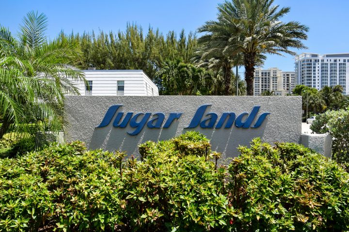 Sugar Sands is a quiet sanctuary spread over 30 acres on Singer Island! This 55+ Community has great areas to walk or watch boats along the intracoastal waterway and Lake Worth Lagoon. It also offers over 80 docks to their residents! Amenities include: a clubhouse, large swimming pool, tennis courts, saunas, poolside pavilions with outdoor grills, billiards, card rooms and shuffleboard. The Atlantic Ocean and beaches are only a few minutes away. Close to plenty of shops and restaurants right off PGA Blvd and close to I-95. Also, only 20 minutes from the Island of Palm Beach and Downtown West Palm Beach. (Clematis & City Place)