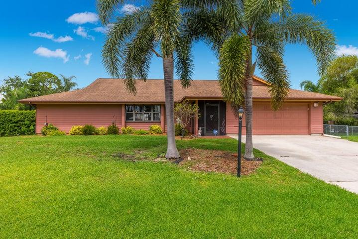 684 SW Woodside Drive, Palm City, FL 34990