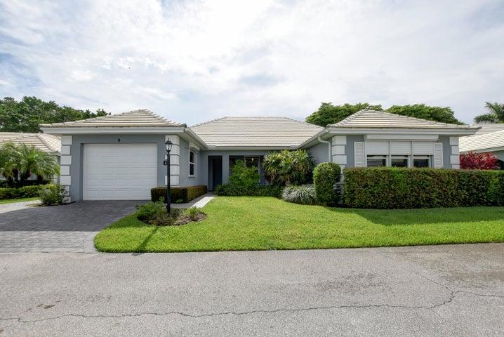 9 Bahia Drive, Boynton Beach, FL 33436
