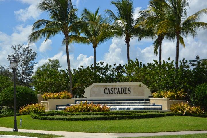 360 NW Shoreline Circle, Port Saint Lucie, FL 34986