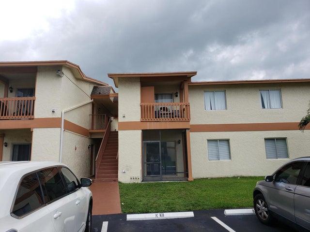 1838 Abbey Road 203, West Palm Beach, FL 33415