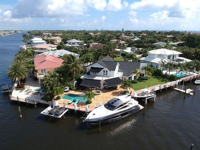 168ft Private Waterfront in No Wake Zone