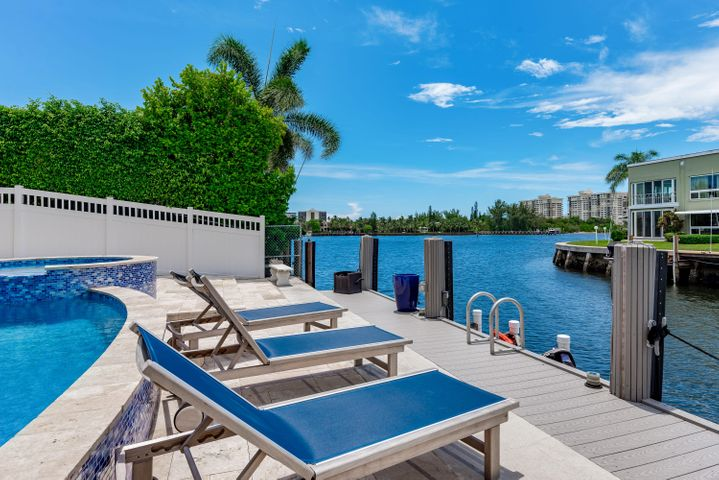 720 NE Harbour Drive, Boca Raton, FL 33431