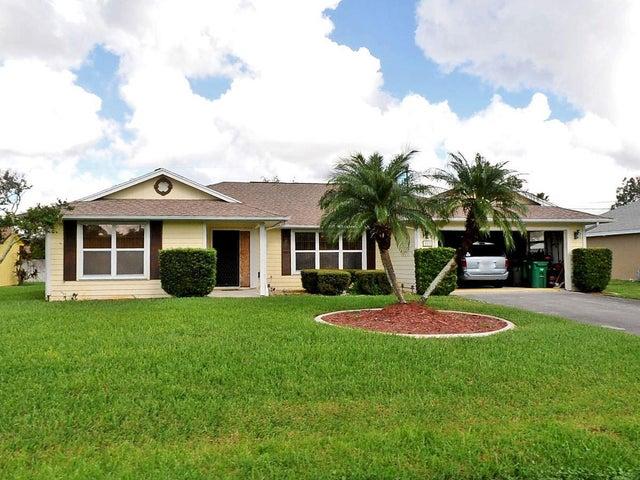 583 SE Maple Terrace, Port Saint Lucie, FL 34983